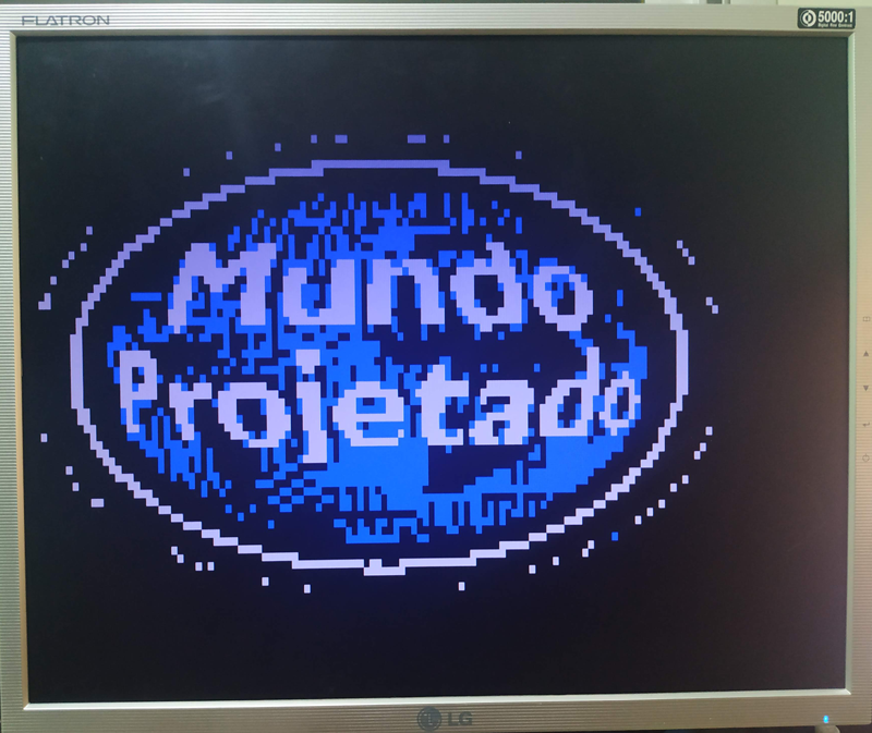 Monitor VGA com a logo do site