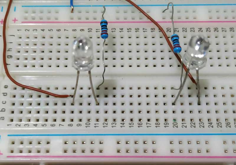 Disposição das saídas (LEDs) do circuito combinacional